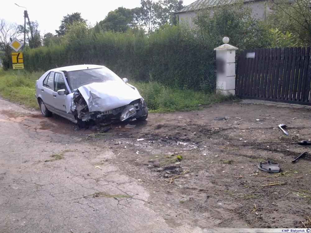 Renault w płot