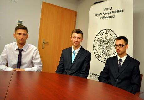 Odznaka dla Karola Głębockiego oraz finał konkursu o Armii Krajowej