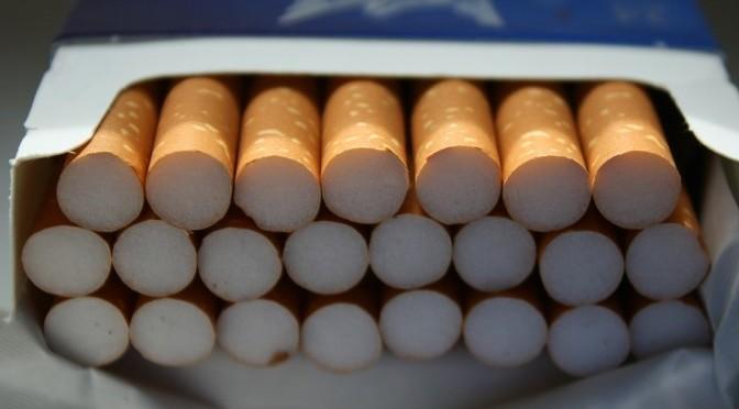 Kolizja i wpadka przemytnika z papierosami