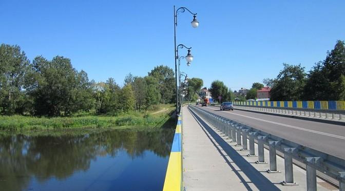 Widok na most w Ciechanowcu